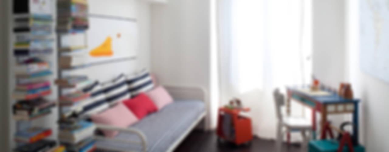Ristrutturazione appartamento a Milano 80 mq di HBstudio Moderno