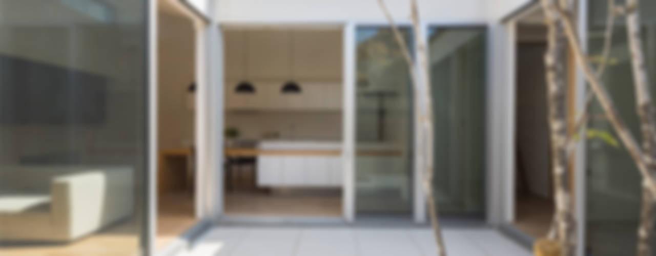 稲沢の家 モダンデザインの テラス の H建築スタジオ モダン