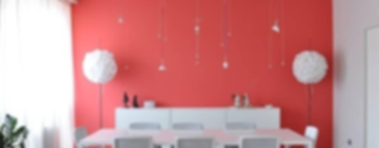 Phòng ăn phong cách hiện đại bởi Emanuela Orlando Progettazione Hiện đại