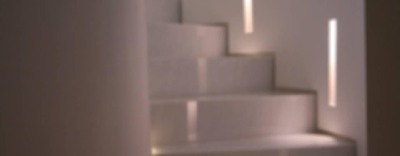 studiodonizelli Corridor, hallway & stairsStairs