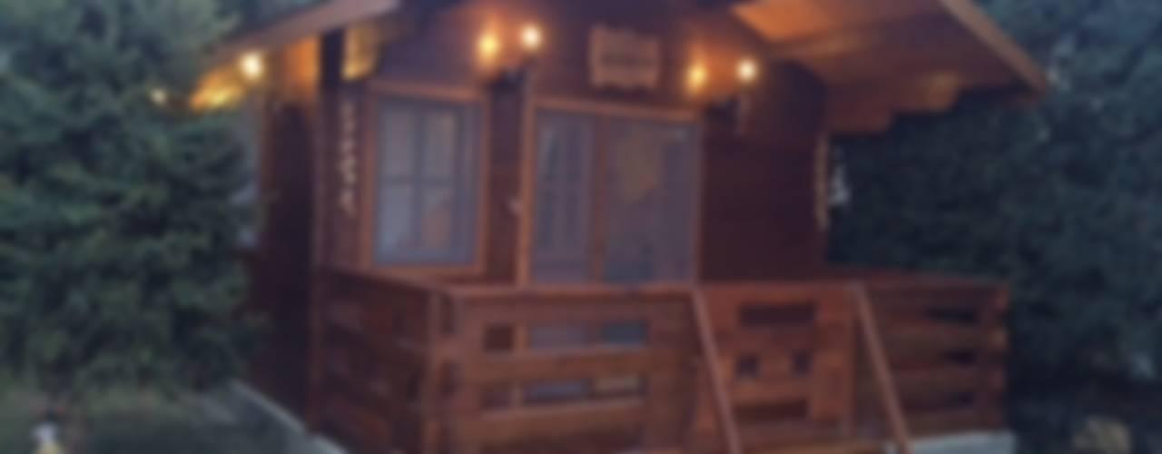Ahşap Ev Rustik Balkon, Veranda & Teras Tabiat Ahşap Tasarım ve Uygulama San. Tic. Ltd. Şti Rustik