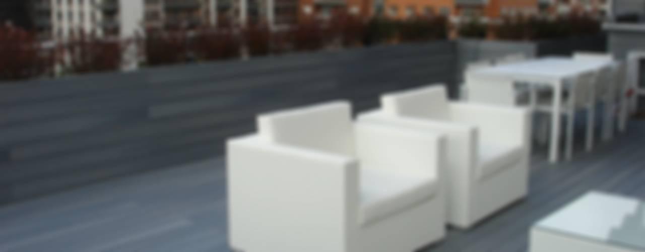 UNA TERRAZA URBANA EN MADRID Balcones y terrazas de estilo moderno de Palos en Danza Moderno