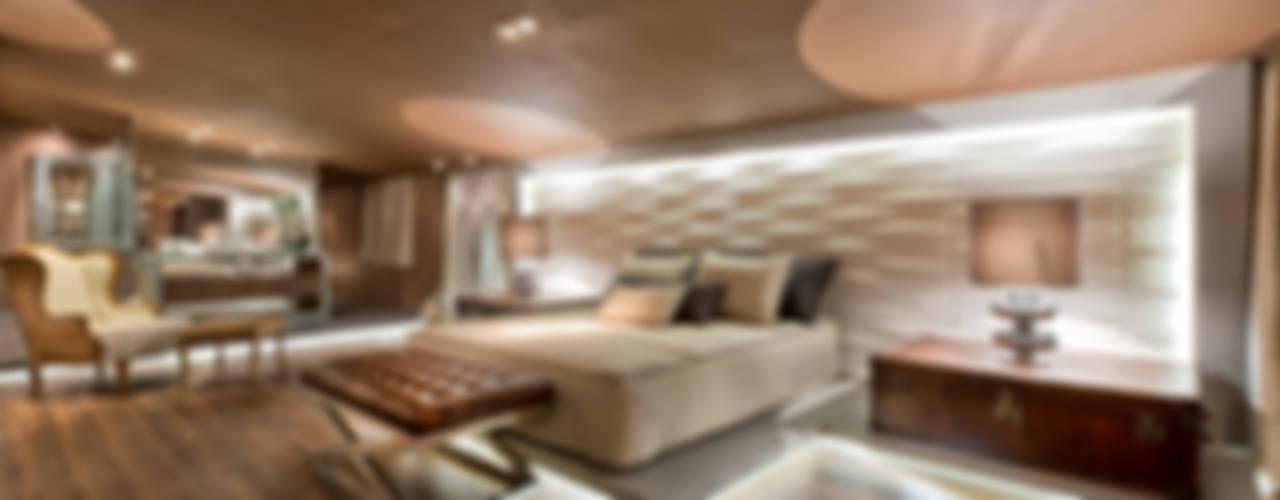Riskalla & Mueller Arquitetura e Interiores Chambre moderne