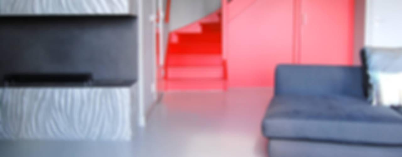 Penthouse Minimalistische gangen, hallen & trappenhuizen van CioMé Minimalistisch