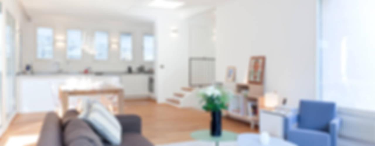 Maison Sainte Foy-Lès-Lyon Salon minimaliste par Tymeno Minimaliste