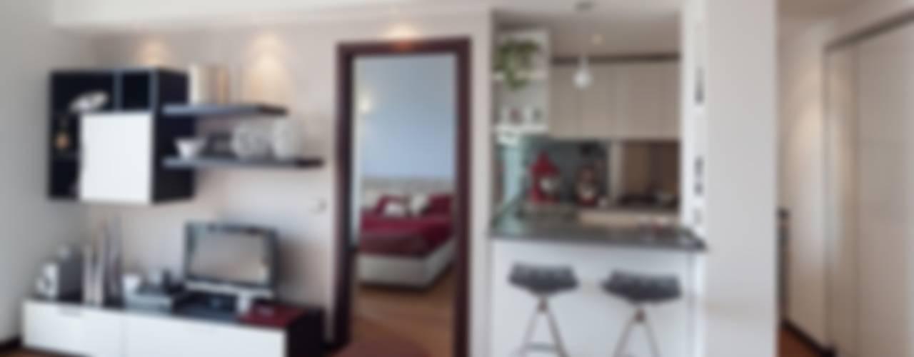 Casa Dp 2 Soggiorno moderno di gk architetti (Carlo Andrea Gorelli+Keiko Kondo) Moderno