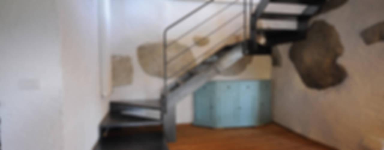 الممر الحديث، المدخل و الدرج من supercake حداثي