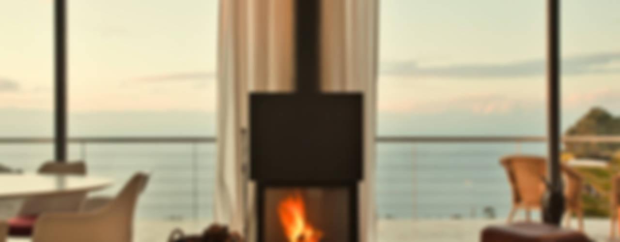 غرفة المعيشة تنفيذ Lukas Palik Fotografie, بحر أبيض متوسط