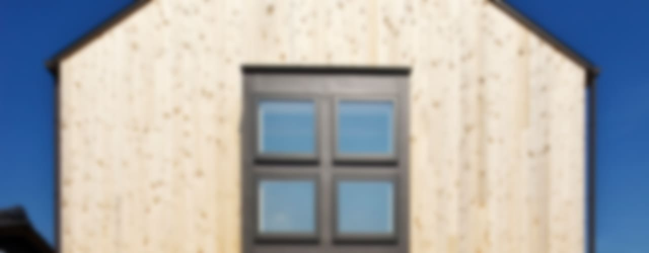 Casas de estilo  por 五藤久佳デザインオフィス有限会社