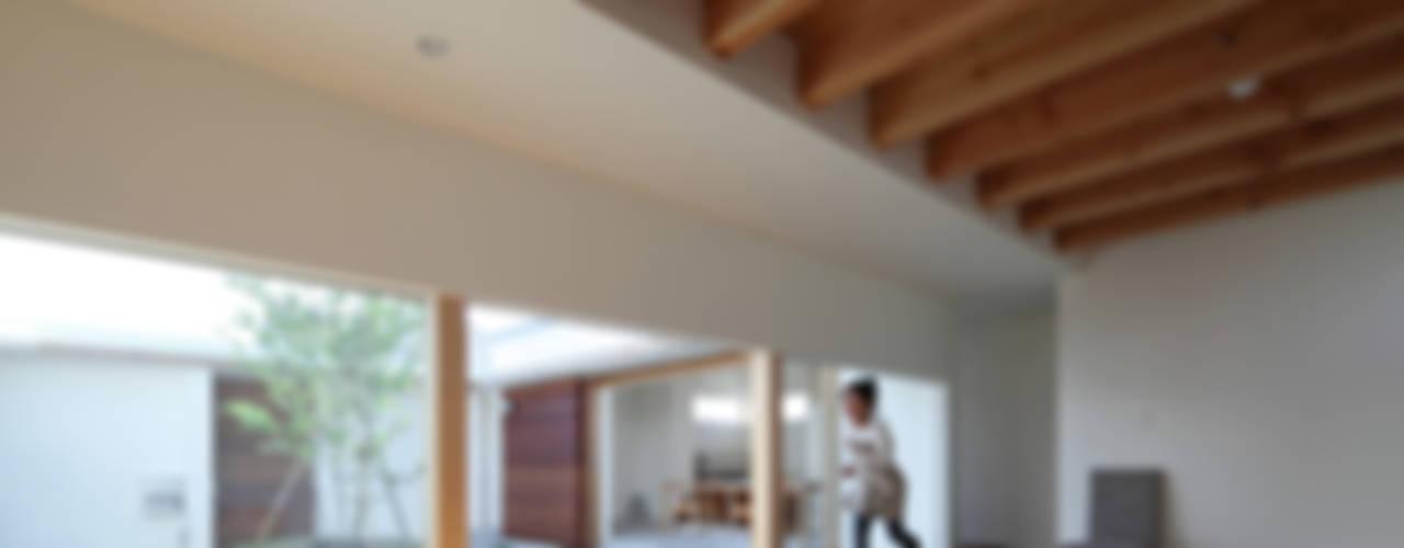 海東の家: 松原建築計画 / Matsubara Architect Design Officeが手掛けた子供部屋です。,北欧