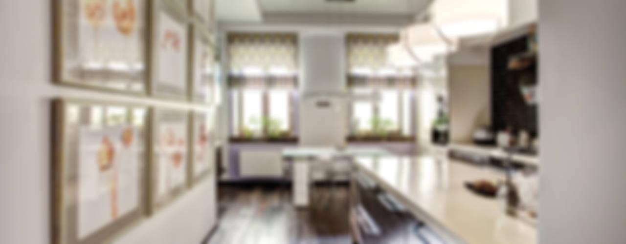 Дизайн интерьера квартиры в центре г. Казани: Кухни в . Автор – Студия Искандарова,