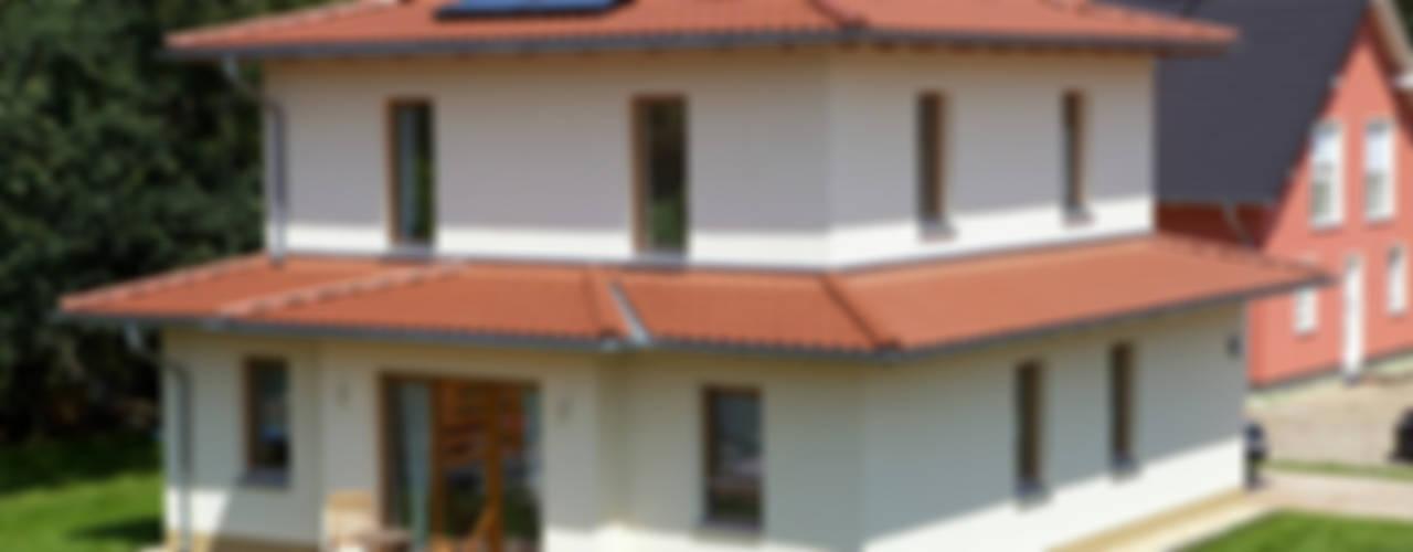 Śródziemnomorskie domy od Massiv mein Haus aus Mauerwerk Śródziemnomorski