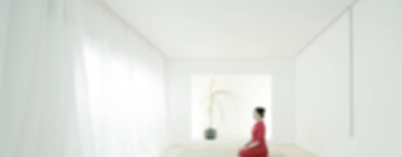 Salones de estilo minimalista de Jun Murata | JAM Minimalista