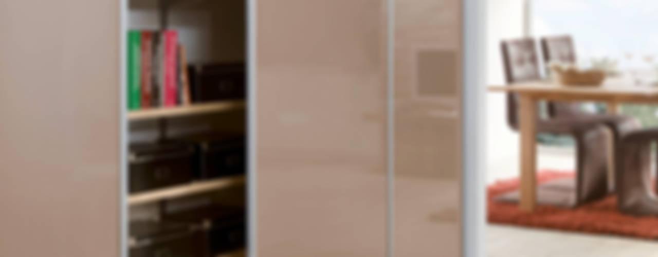 Salas / recibidores de estilo  por Elfa Deutschland GmbH