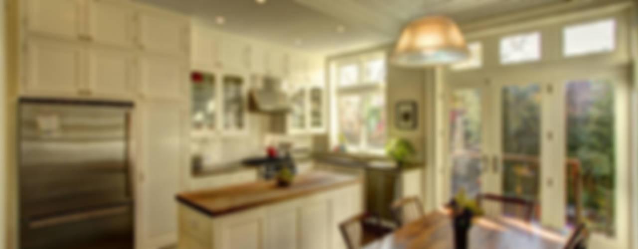 Park Slope Brownstone Koloniale keukens van Ben Herzog Architect Koloniaal