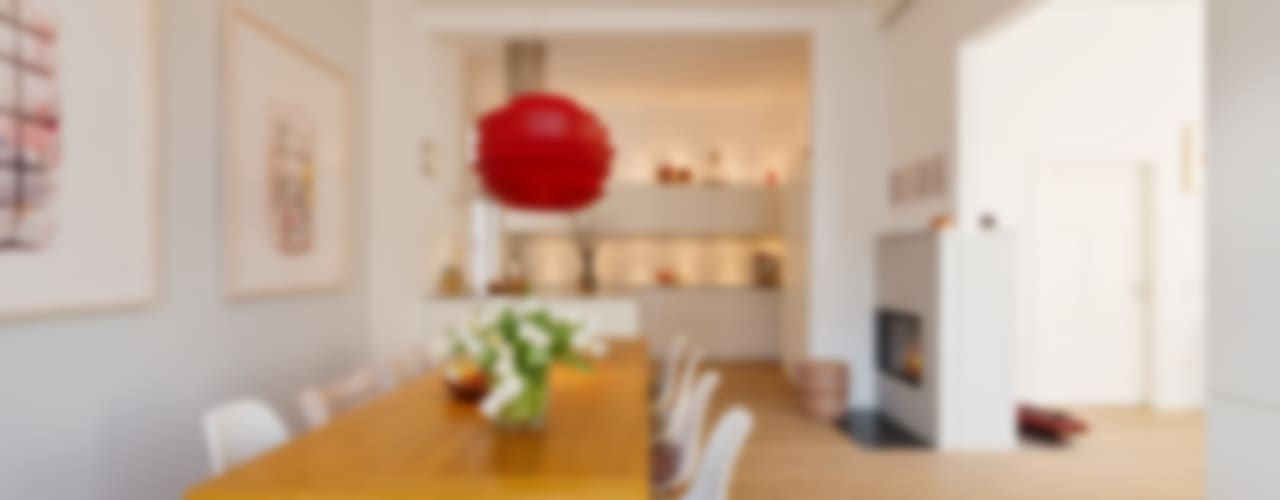 Wohnhaus A in Oldenburg Moderne Küchen von ANGELIS & PARTNER Architekten mbB Modern