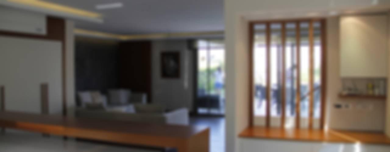M.BIÇAKÇI HOUSE BODRUM GUNDOGAN Modern Oturma Odası Mimkare İçmimarlık Ltd. Şti. Modern