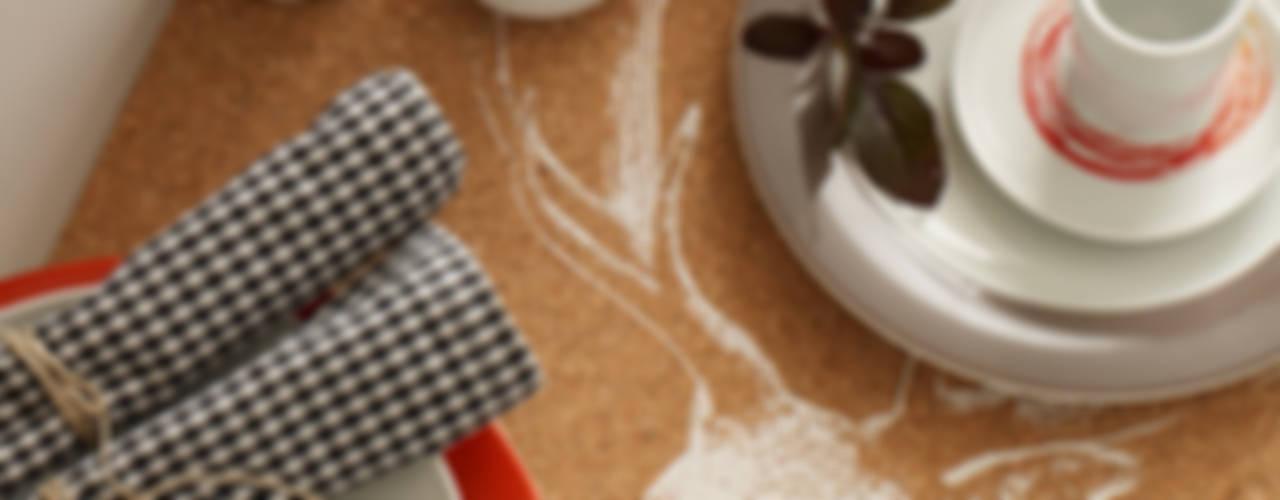 Tapeten funktionieren auch in der Küche Moderne Küchen von diewohnblogger Modern