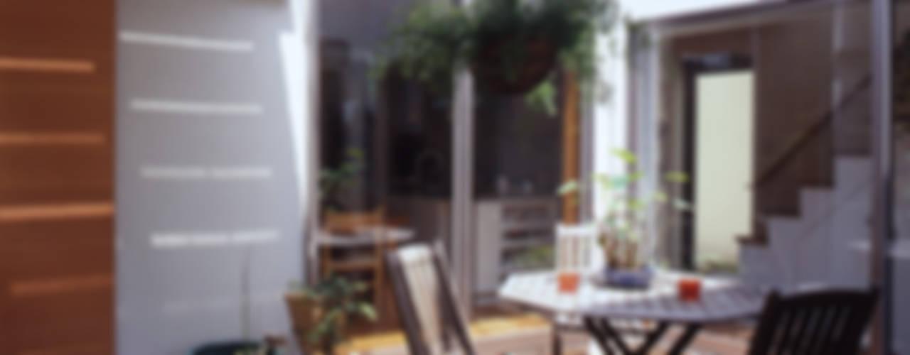 長浜信幸建築設計事務所 Scandinavian style balcony, porch & terrace