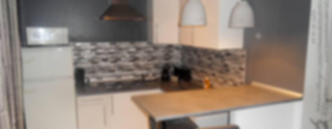 Décoration appartement Dijon Cuisine moderne par HANNAH ELIZABETH INTERIOR DESIGN & CREATION Moderne