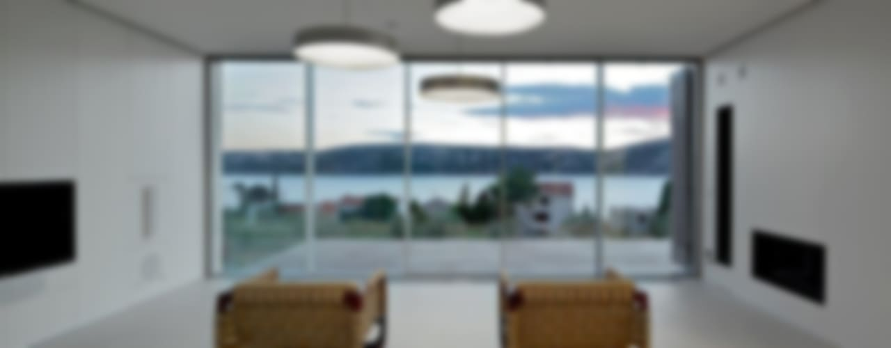 Puertas y ventanas mediterráneas de KELLER AG Mediterráneo