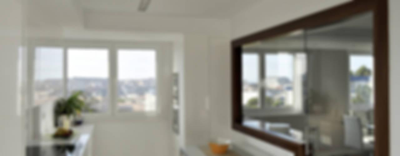 モダンな キッチン の Intra Arquitectos モダン