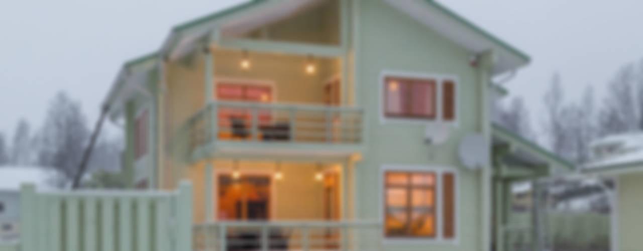 Интерьеры загородного дома из клееного бруса Дома в скандинавском стиле от Be In Art Скандинавский