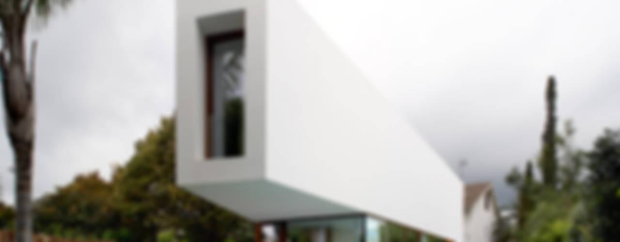 Maisons de style  par THK Construcciones, Minimaliste