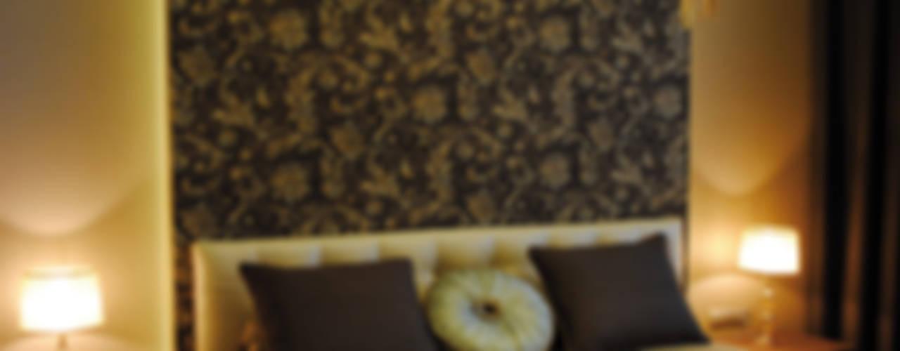 """Квартира в Москве в """"Чемпион-Парке"""" 85 м кв """"Потолок в кружевах, стены в узорах"""":  в современный. Автор – KrasnovaDesign, Модерн"""
