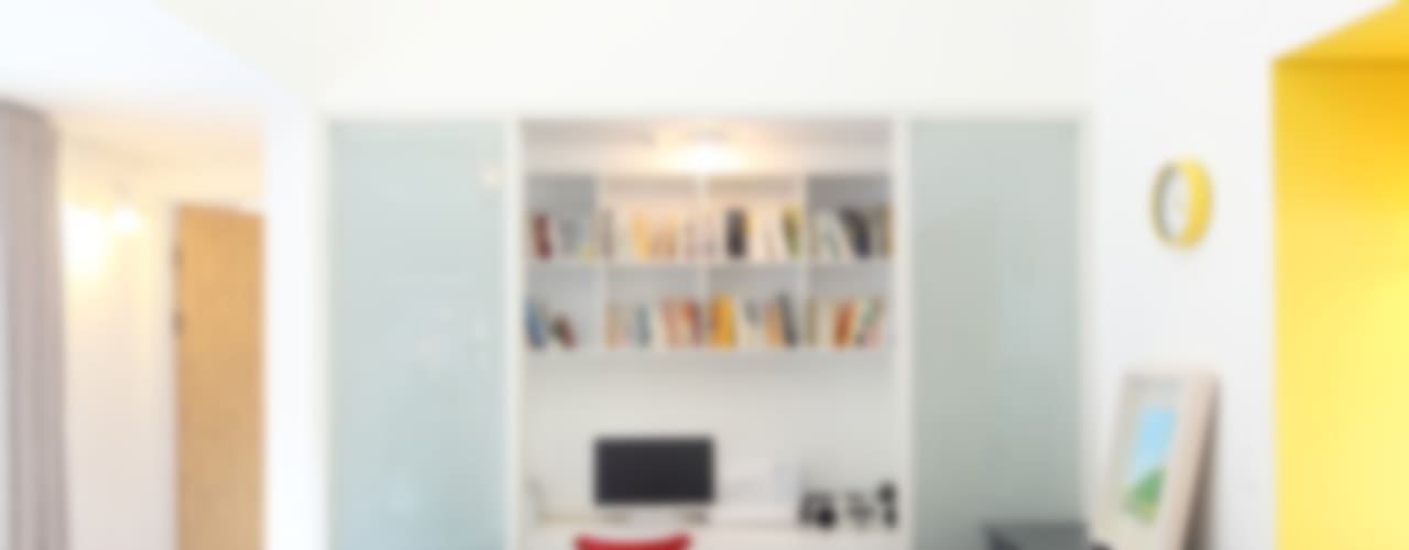 Estudios y oficinas de estilo  por 주택설계전문 디자인그룹 홈스타일토토