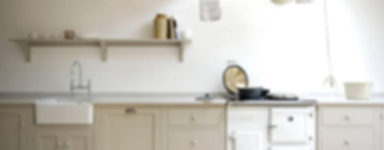 Cocinas de estilo  por deVOL Kitchens, Escandinavo