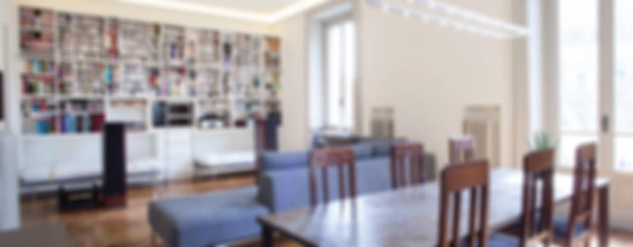 Appartamento a Milano: Sala da pranzo in stile in stile Moderno di bdastudio