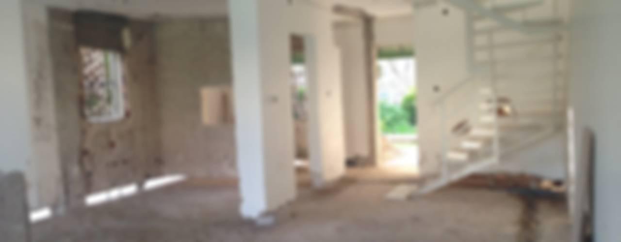 Tuncer Sezgin İç Mimarlık – İzmir-Çeşme'de Yazlık Ev:  tarz ,