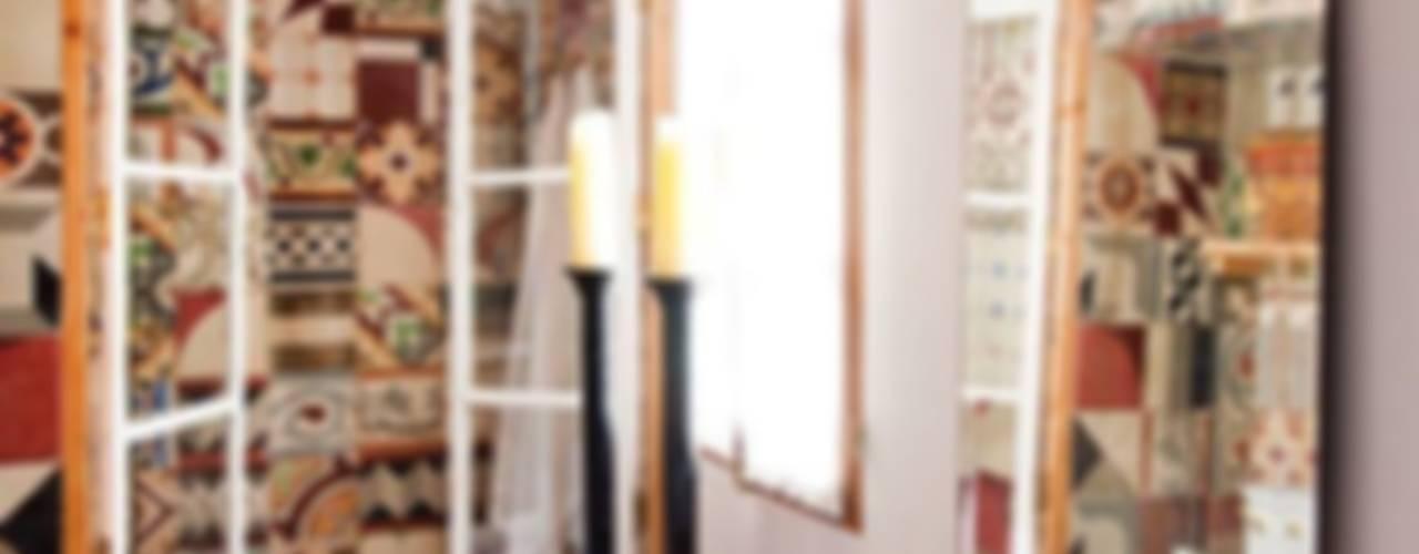 Suelo Hidráulico Demosaica Paredes y suelos de estilo clásico de Suelos Hidráulicos Demosaica Clásico