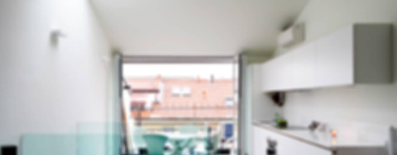 Sky Apartment Soggiorno minimalista di PLANAIR ® Minimalista