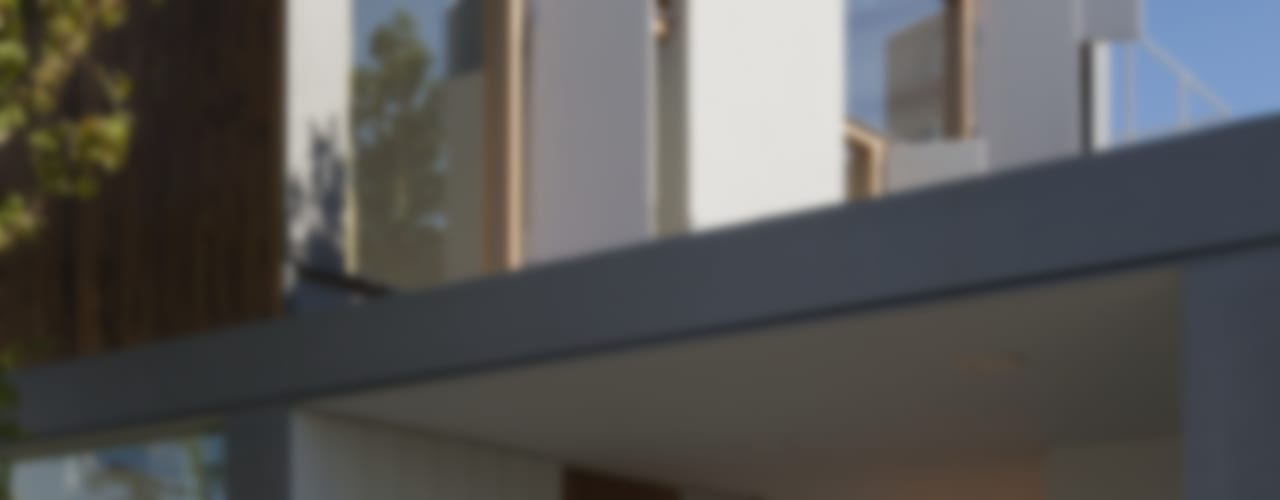 風景を通す家: ihrmkが手掛けた家です。,モダン