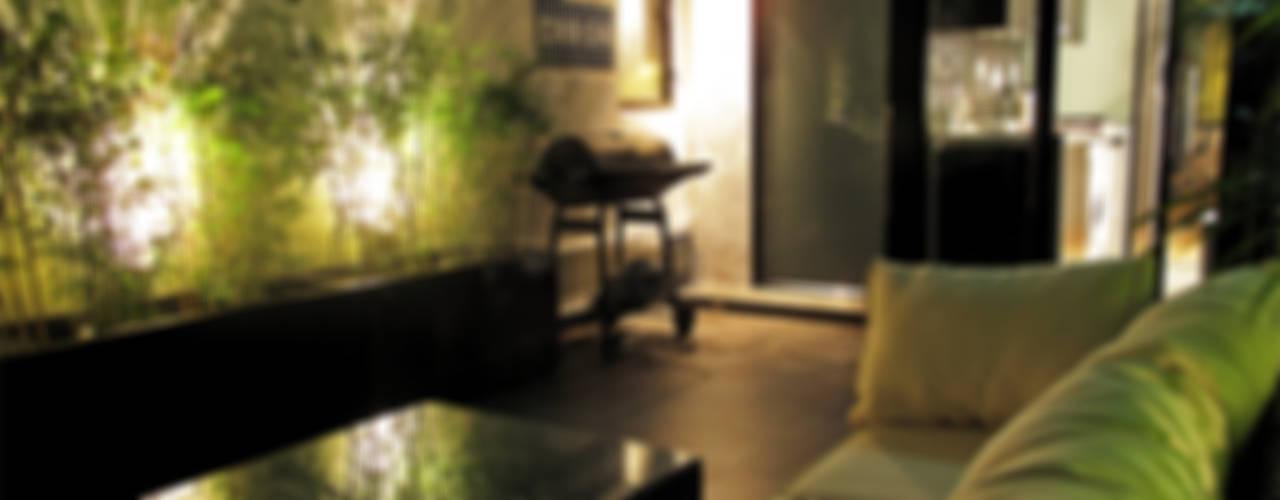Terrace by OneByNine, Modern
