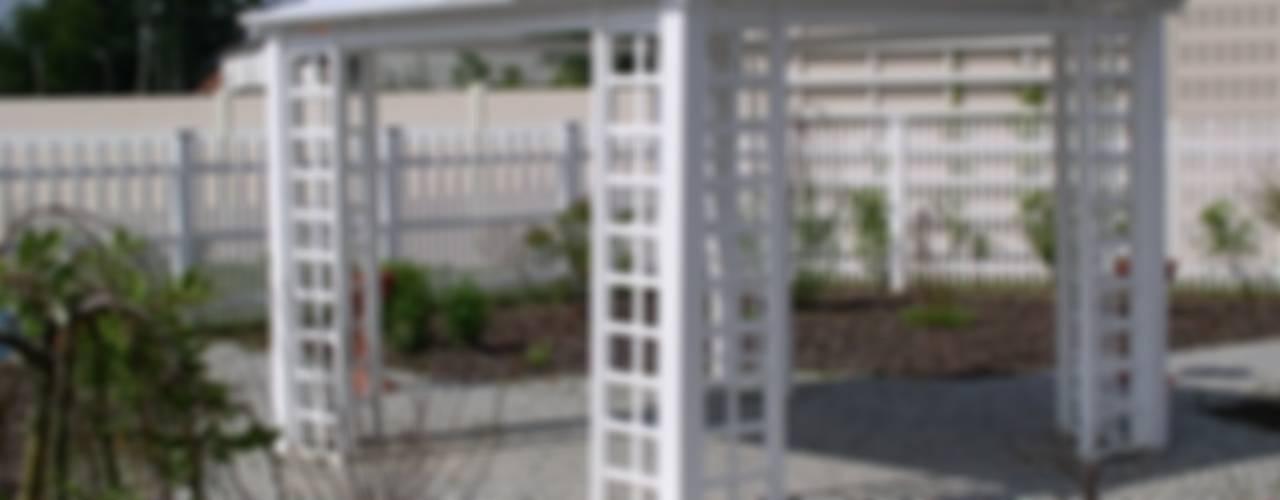 Altana ogrodowa PCV: styl , w kategorii Ogród zaprojektowany przez Ogrodzenia PCV