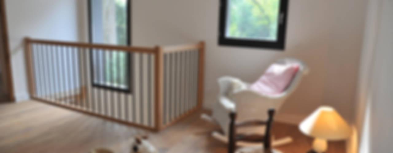 Maison Ossature bois à Oullins Couloir, entrée, escaliers modernes par Empreinte Constructions bois Moderne