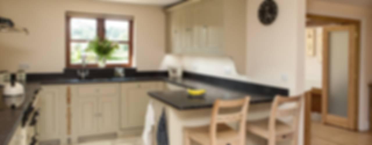 Meadowlands by Hampshire Design Consultancy Ltd.