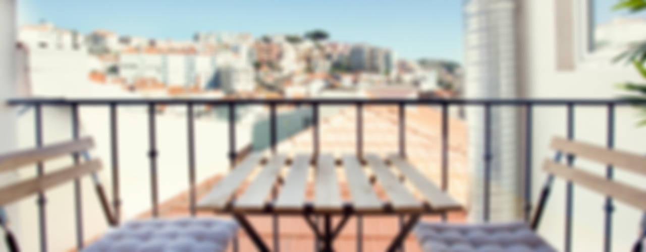 Decoração de apartamento particular Varandas, marquises e terraços clássicas por Staging Factory Clássico