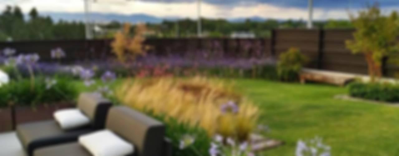 Jardín Contemporaneo Jardines de estilo moderno de La Paisajista - Jardines con Alma Moderno