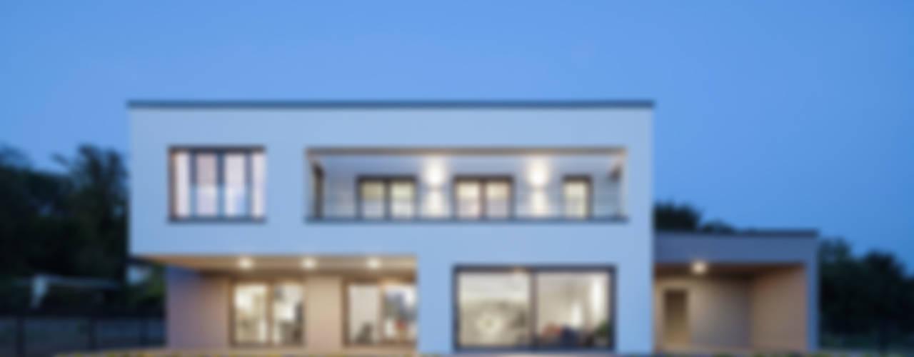 Casas minimalistas por Skandella Architektur Innenarchitektur Minimalista