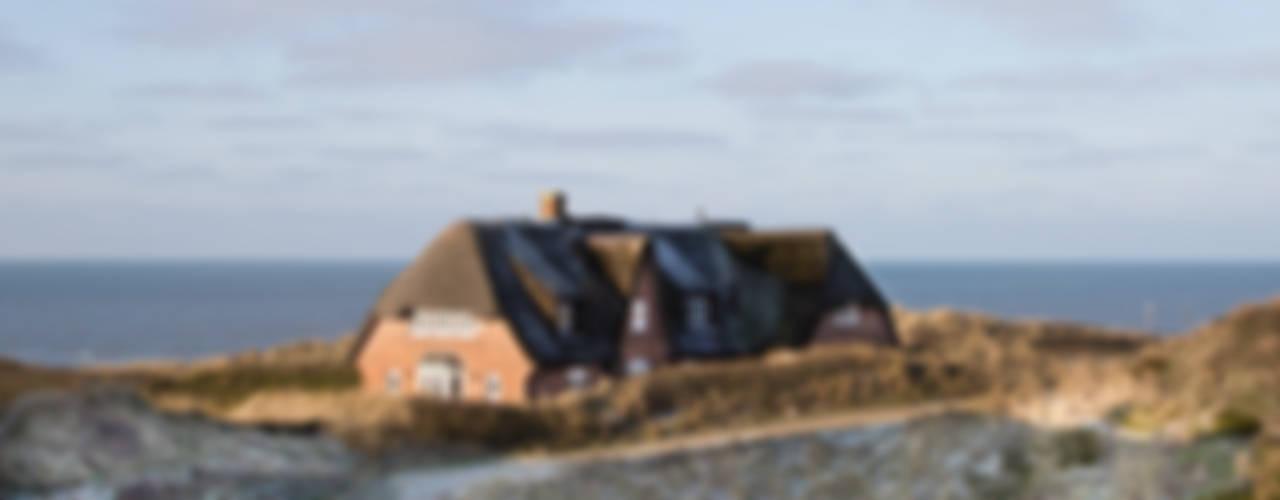 Ready-for-Photo Home Staging Anwesen am Meer Klassische Häuser von Home Staging Sylt GmbH Klassisch