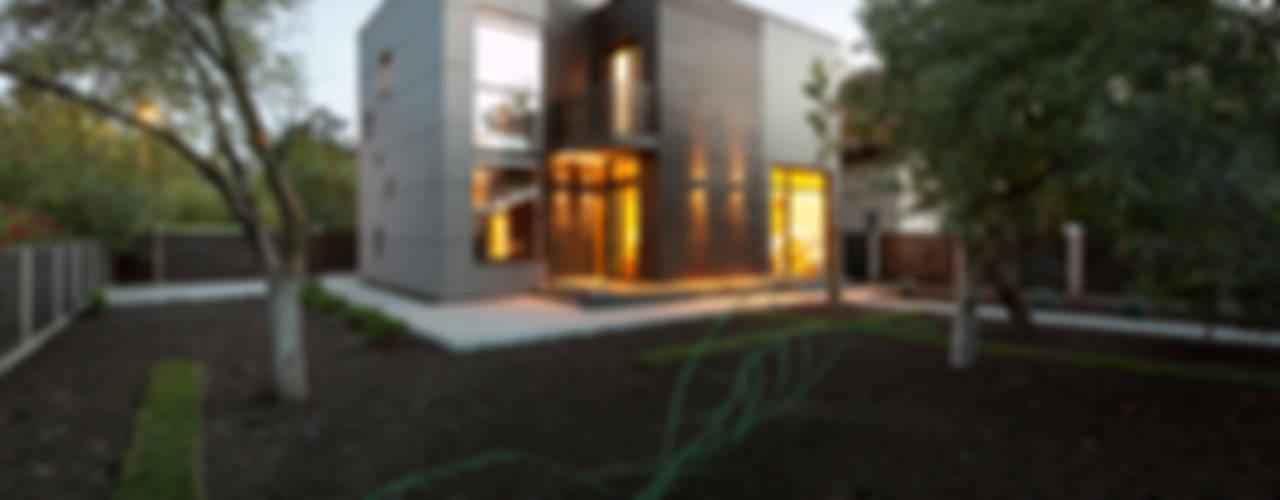 Дом Дома в стиле модерн от Sergey Makhno Architect Модерн