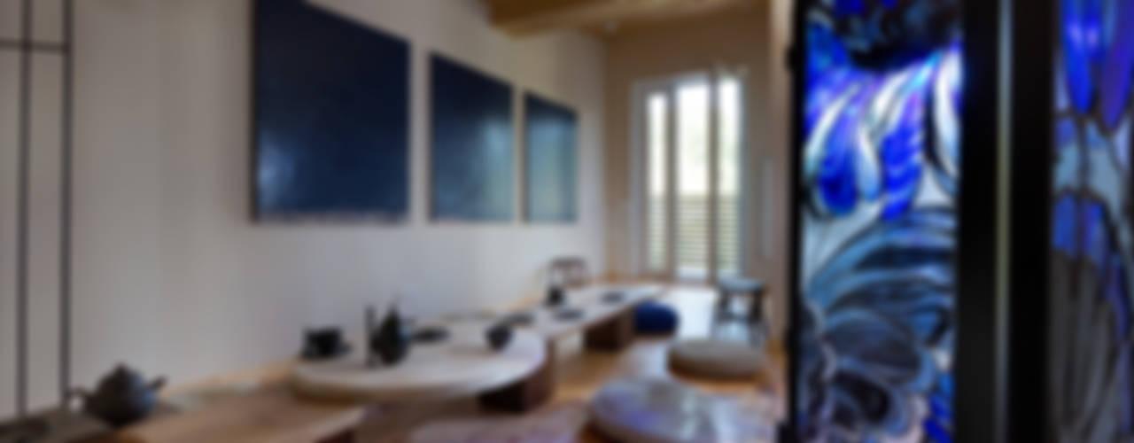 Дом Столовая комната в азиатском стиле от Sergey Makhno Architect Азиатский