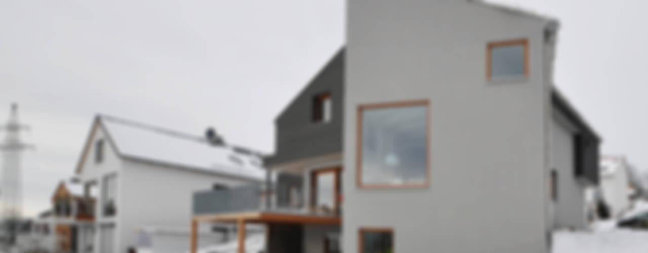 Eklektyczne okna i drzwi od Pakula & Fischer Architekten GmnH Eklektyczny