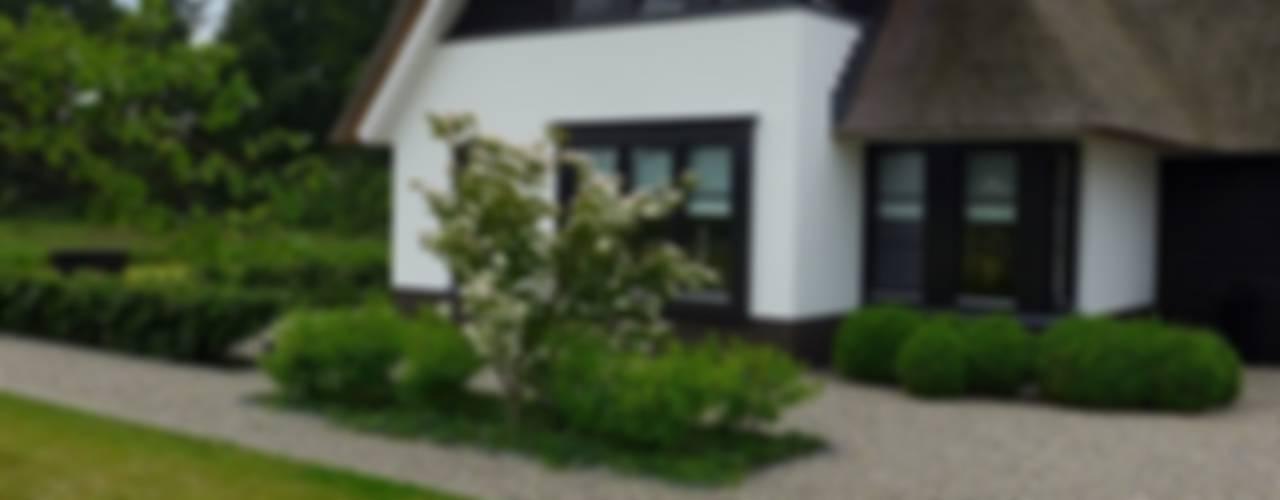Landelijke Vila Hendriks Hoveniers Moderne tuinen
