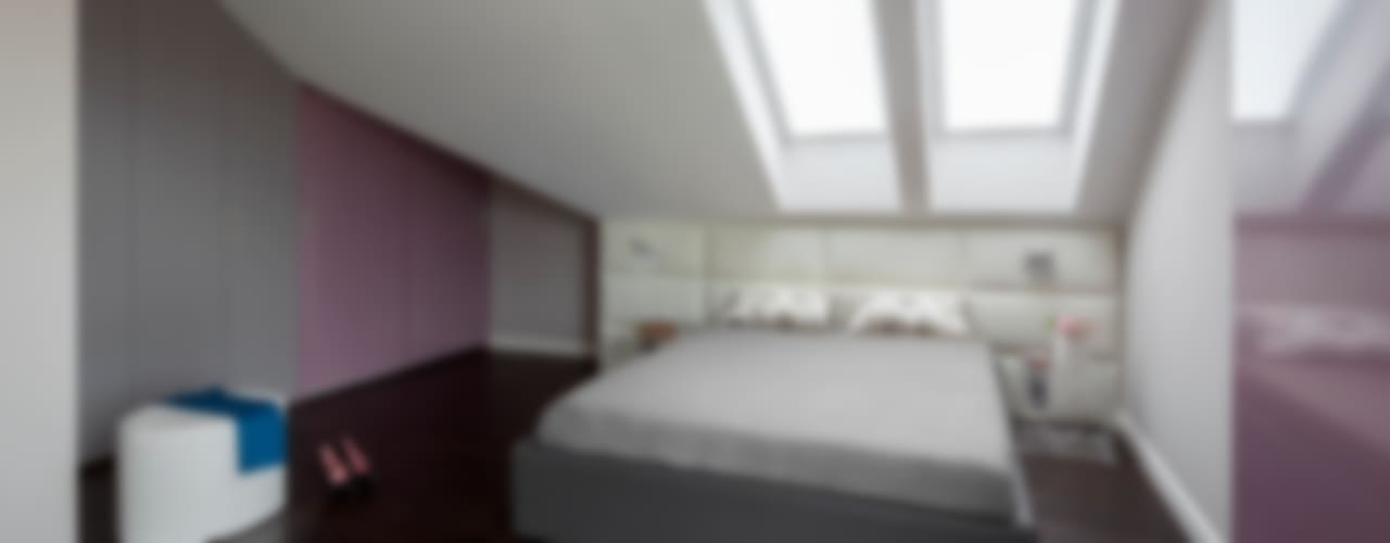 Kolorowy minimalizm: styl , w kategorii Sypialnia zaprojektowany przez Pracownia Projektowa Poco Design,Minimalistyczny