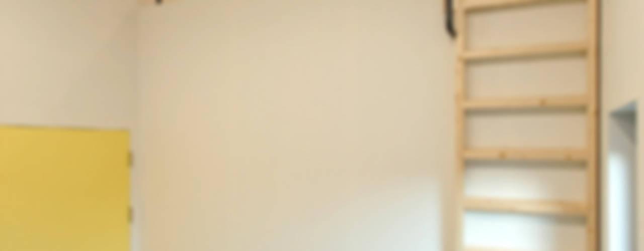 남양주 송촌리 주택 모던스타일 침실 by (주)오우재건축사사무소 OUJAE Architects 모던